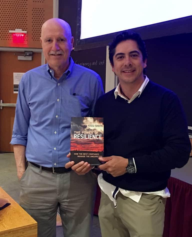 Carlos Requena | Abogado Penalista | con Yossi Sheffi